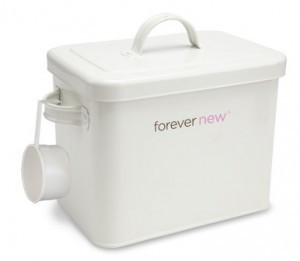 Forever New Decorative Laundry Powder Tin with 2Kg Powder Pouch