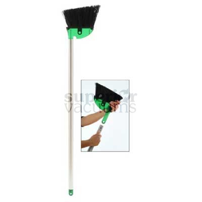 Eclipse Broom With Pole