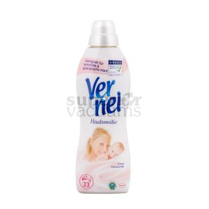 Vernel Almond & Aloe Skin Sensitive Fabric Softener 1L White Bottle